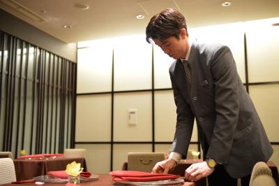 帝国ホテル東京内のレストラン『中国料理 北京』のホールスタッフとして活躍しませんか