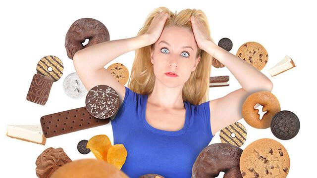 食べ過ぎはなぜ起こる?食べ過ぎを止める5つの方法