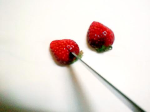 ダイエットのためのお弁当「キウィとハートのイチゴ」-03