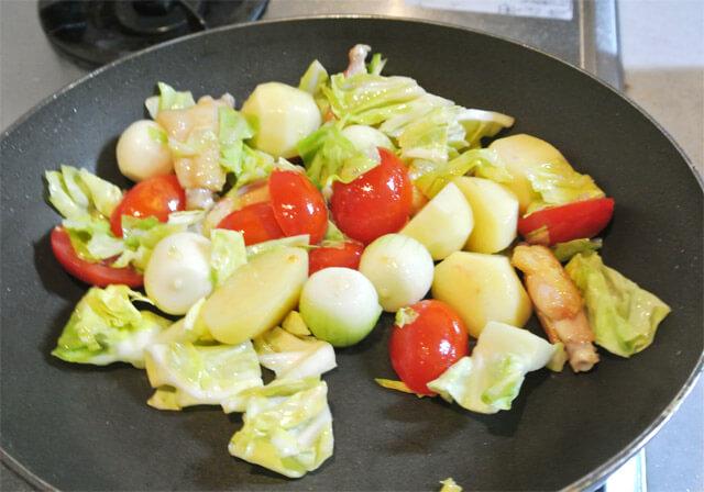 トマトとコロコロ野菜のコラーゲンスープの簡単レシピ-11