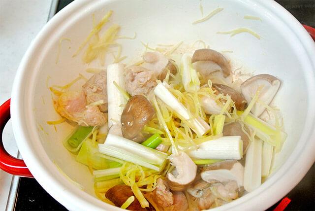 生姜と鶏肉のスープ[調理]-13
