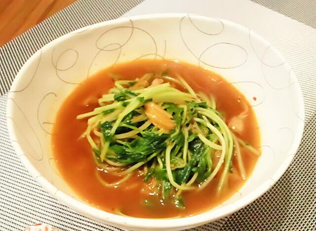 簡単ダイエットレシピ「豆苗のシャキシャキHOTスープ」-11