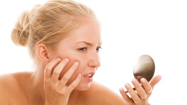 夜更かし続きでお肌がボロボロに…そんな時のお肌ケア方法!