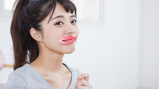プルプルの唇を作る方法!乾燥から守る正しい唇ケアとは?