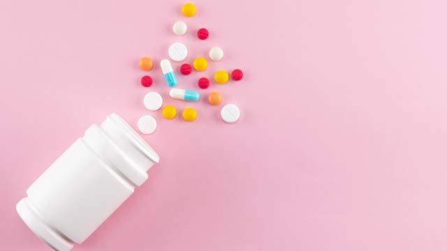 体内で女性ホルモンと同じ働きをするサプリメント「イソフラボン」