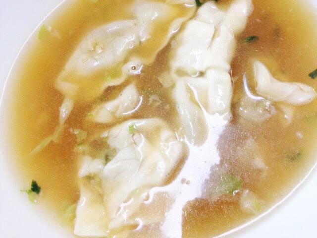 野菜だけどお腹いっぱいになる「グルテンミート餃子スープ」-05
