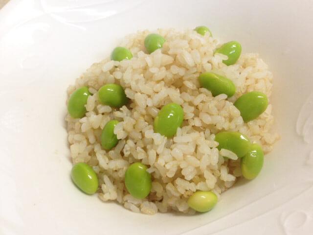 コンビニ惣菜でひと工夫「枝豆・きんぴら・たけのこの煮物ご飯」-05