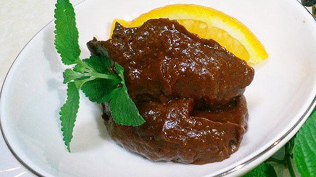 お家で作るローフードのレシピ「酵素たっぷりチョコレートムース」