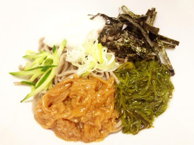 コンビニお蕎麦ダイエット「めかぶ・なめこ・とろろ蕎麦」-01