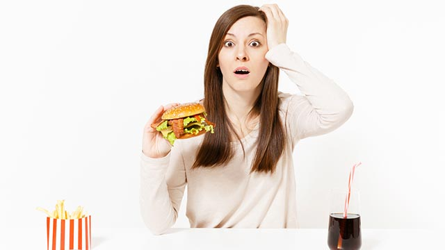 食事と肥満はガンの原因の30%?食事とガンの関係について