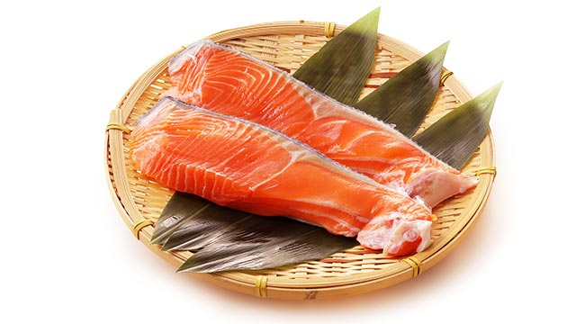 消化吸収が良いたんぱく質を含む食材「鮭」の特徴や調理法
