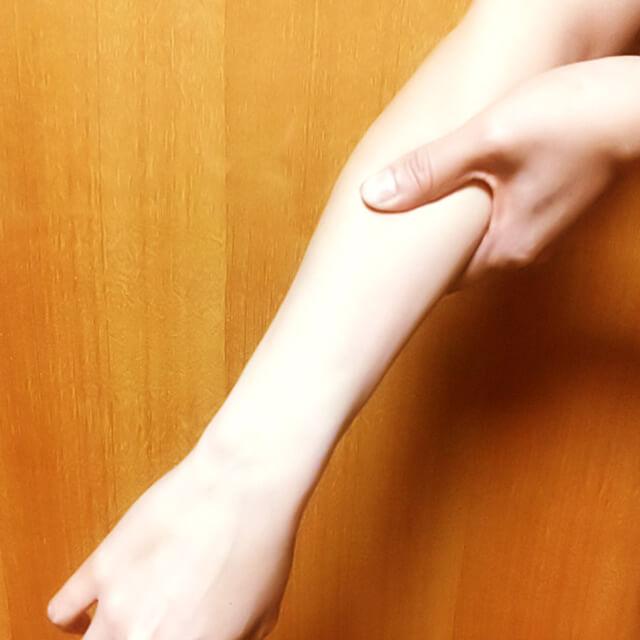 腕のむくみ・セルライト対策に効果的な腕マッサージのやり方-10