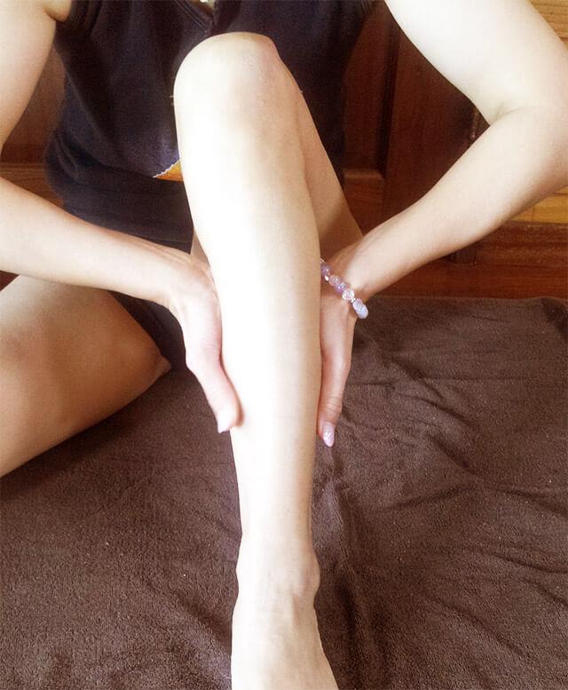 むくみ脚をマッサージする方法【前編】-04