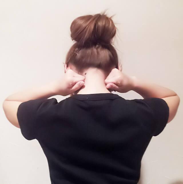 首が痩せるダイエット方法【首のマッサージ】②-01