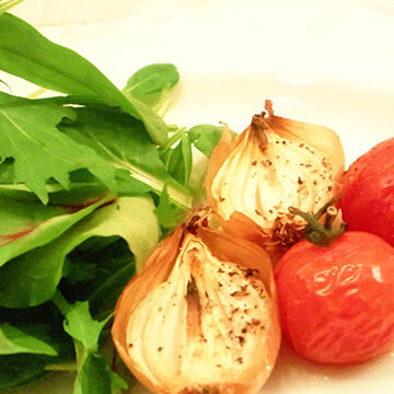 ダイエットのためのお弁当「トマトとペコロスのグリル」