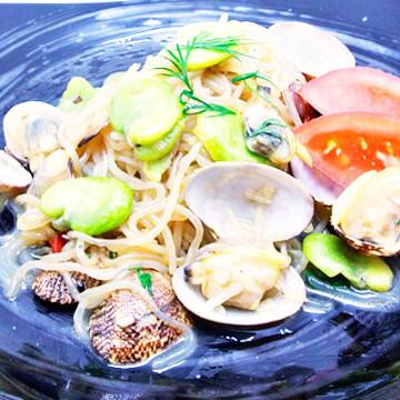 簡単にできるダイエットレシピ「あさりと空豆のペペロンチーノ風」
