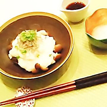 簡単にできるダイエットレシピ「きのこと山芋のさっぱりサラダ」