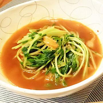 簡単ダイエットレシピ「豆苗のシャキシャキHOTスープ」