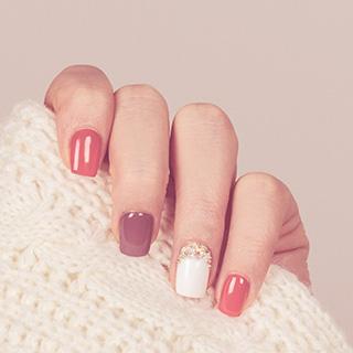 爪は健康状態を知らせるバロメーター!爪の基礎知識
