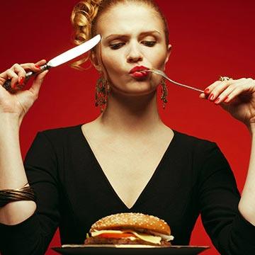 老化を促進させる食べ物&防ぐ食べ物