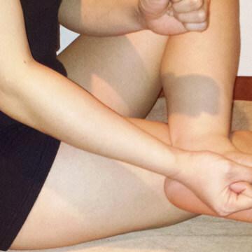 脚のむくみを解消!ぶくぶく脚とサヨナラするマッサージ