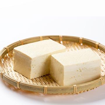 健康な体を手に入れるために!豆腐の栄養素など詳しく解説!