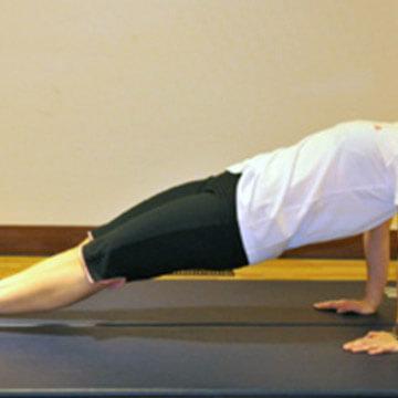【二の腕痩せ】たった1分間でできる部分ヤセエクササイズ