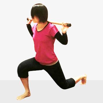 少しの運動で5分間の有酸素運動の効果がある「スプリットジャンプ」