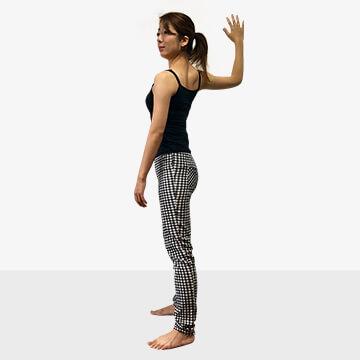 巻き肩は肩こりや悪い姿勢になる原因に!巻き肩の治し方