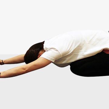 朝が苦手で起きられない時の寝起きストレッチ④二の腕
