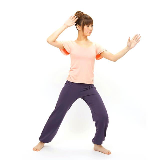フィットネスタイチー「海宝」「収拳」で美しく痩せる!-07