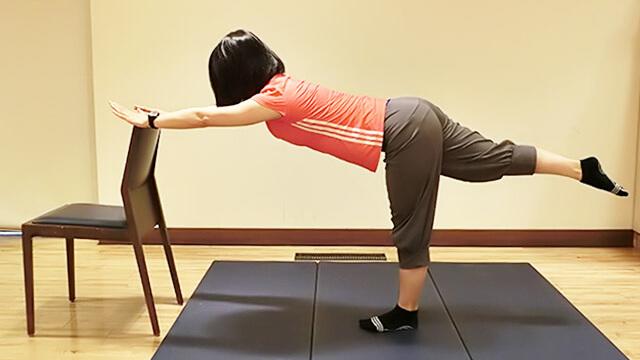 靴底の減り方で太りやすさを改善①「重心改善エクササイズ」-02