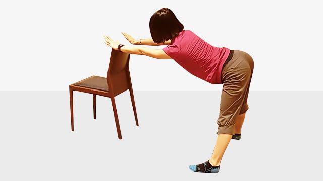 デスクワークしている人に!肩こり腰痛改善「バックストレッチ」-02