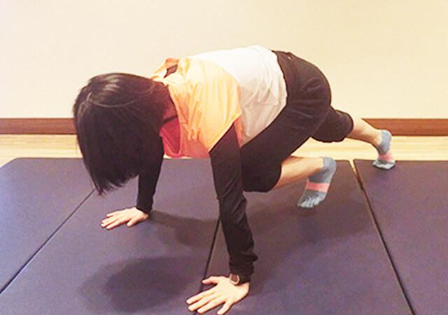 たった15回で腹筋500回以上の効果を得る「バービージャンプ」-02