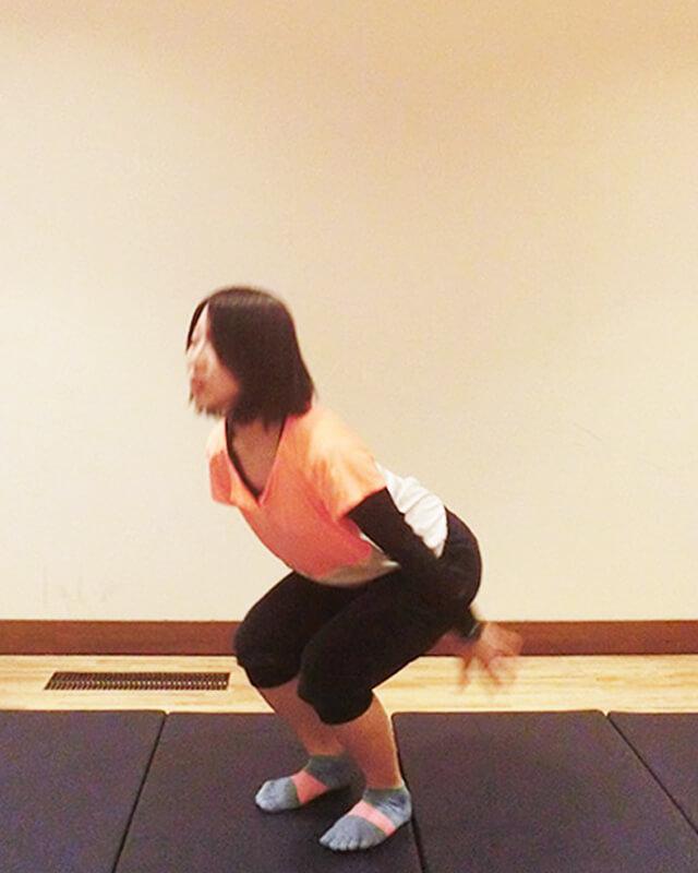 たった15回で腹筋500回以上の効果を得る「バービージャンプ」-03