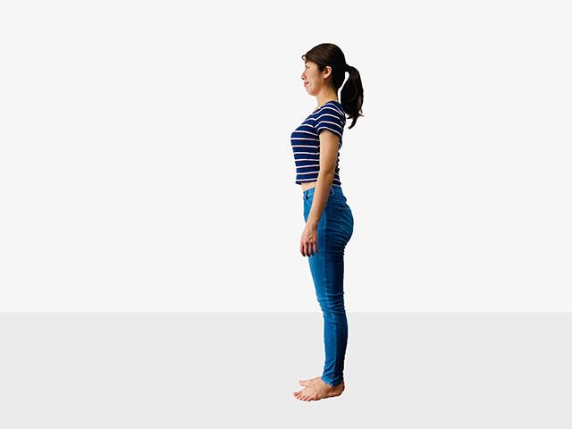 【足を伸ばして美脚】足痩せに効果的な伸ばし美脚エクササイズ_01