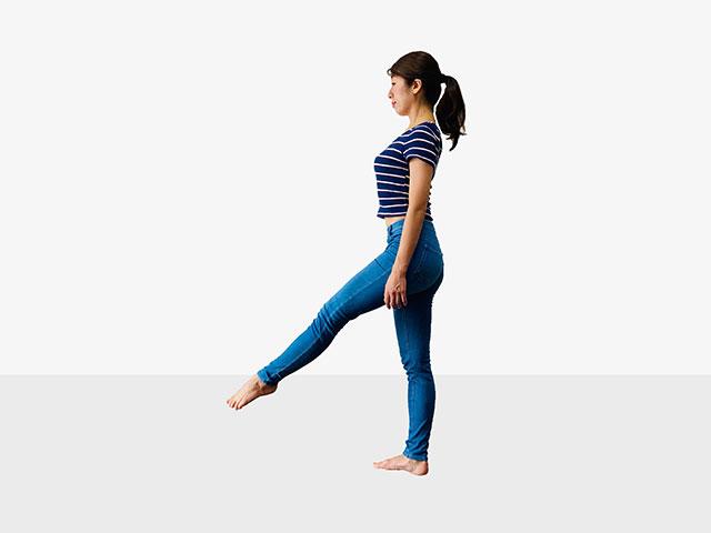 【足を伸ばして美脚】足痩せに効果的な伸ばし美脚エクササイズ_03