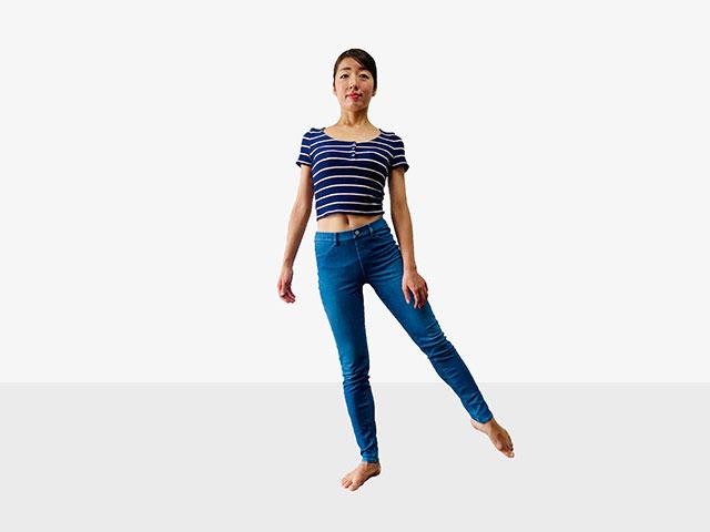【足を伸ばして美脚】足痩せに効果的な伸ばし美脚エクササイズ_11