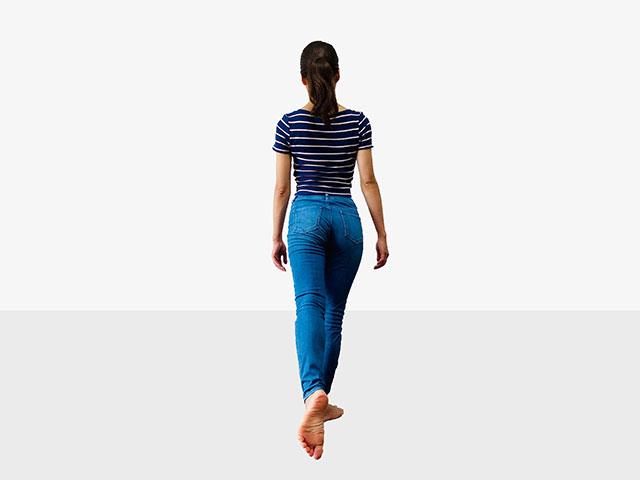 【足を伸ばして美脚】足痩せに効果的な伸ばし美脚エクササイズ_12