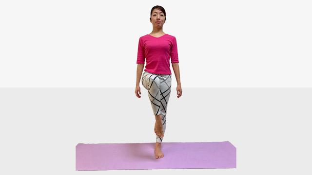 「ホームトレーニング」③隙間時間に簡単片足もも上げエクササイズ