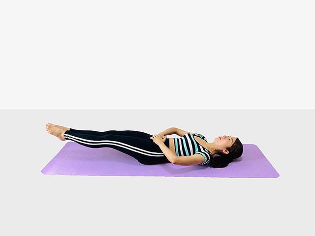 お腹を引き締めるレッグレイズ♪♪ぽっこりお腹や姿勢を改善出来るトレーニング_03