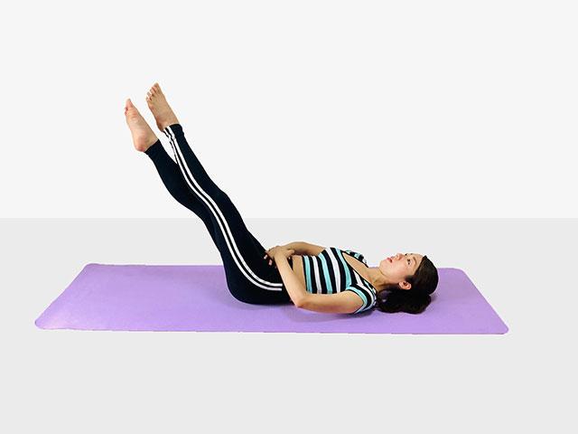 お腹を引き締めるレッグレイズ♪♪ぽっこりお腹や姿勢を改善出来るトレーニング_07