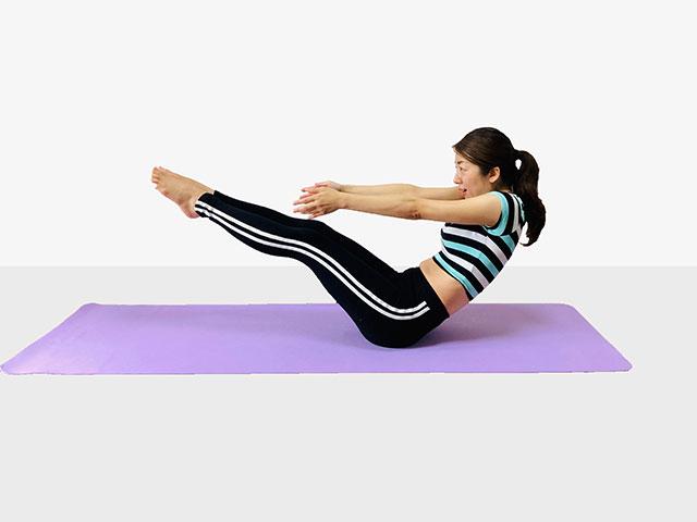 お腹を引き締めるV字バランス♪♪ぽっこりお腹や姿勢を改善出来るトレーニング_04
