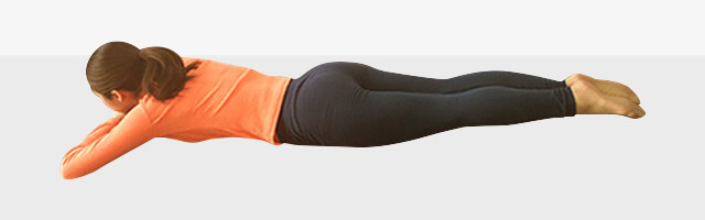 背筋と脚同時引き締めエクササイズ-03