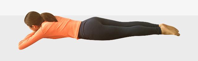 背筋と脚同時引き締めエクササイズ-04
