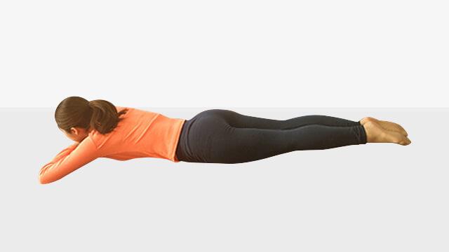 背筋と脚同時引き締めエクササイズ