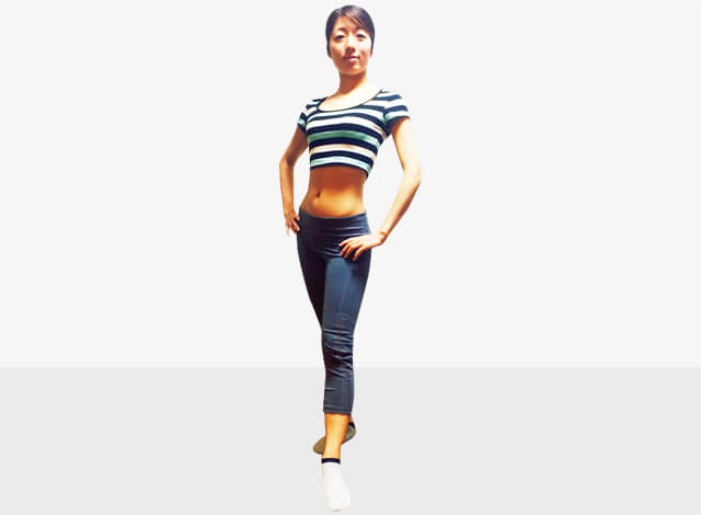 脚を長く見せるために鍛えるべき筋肉③腹斜筋エクササイズ-06