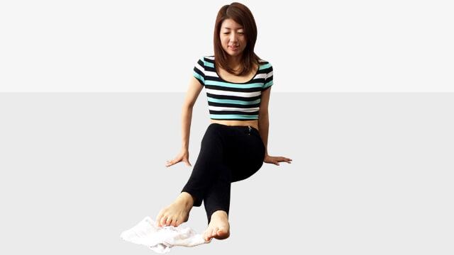 タオルを使ってできる偏平足・外反母趾を治して美脚になる方法-05