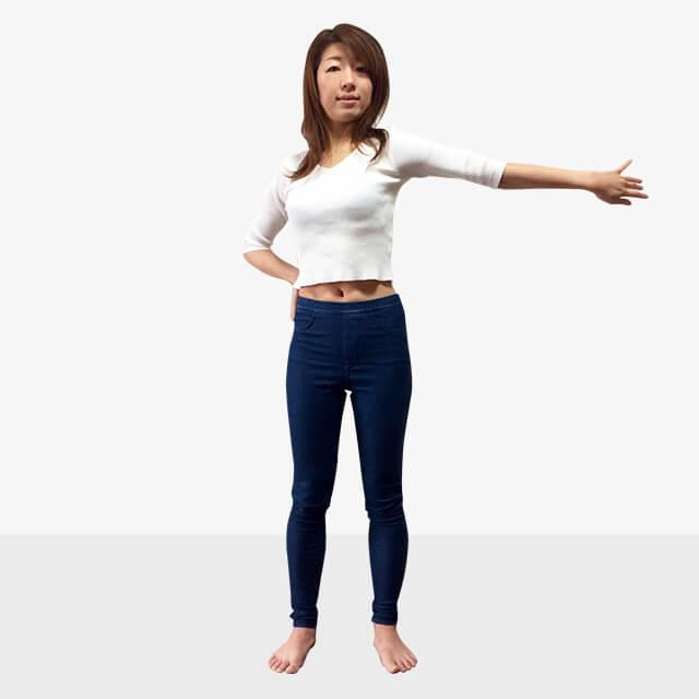 女性らしさ惹き立てる!華奢に見える筋肉の鍛え方②二の腕-02