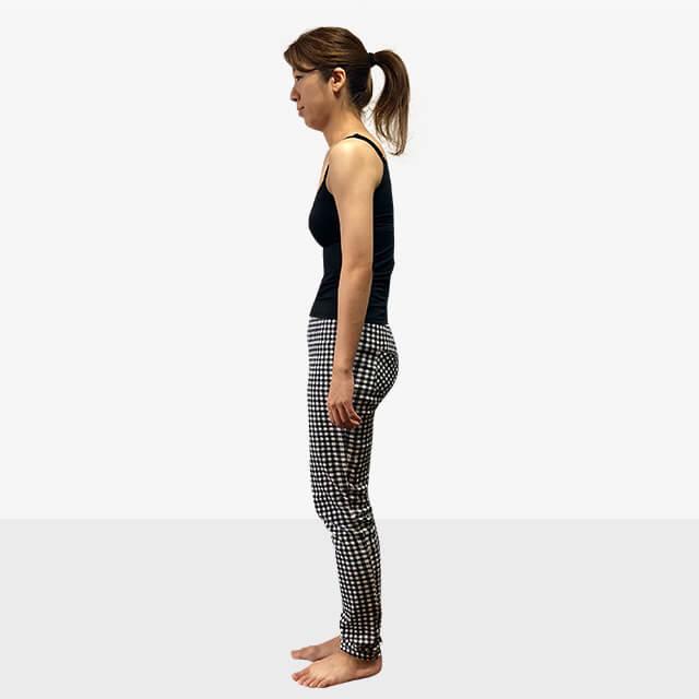 巻き肩は肩こりや悪い姿勢になる原因に!巻き肩の治し方-01
